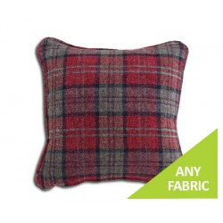 Square : Piped Cushion