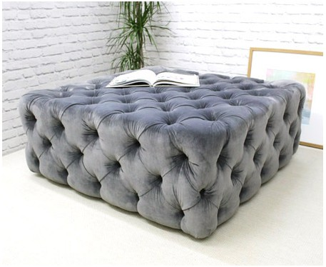 Hackney Buttoned : Deep Buttoned Square Ottoman