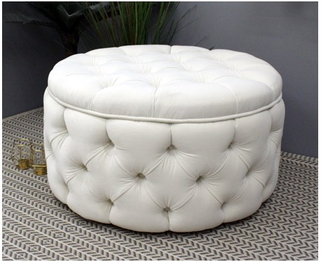 Ellenor Piped Buttoned : Deep Buttoned Circular Ottoman